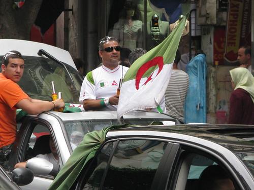 فرحة الجزائريين الفوز زامبيا