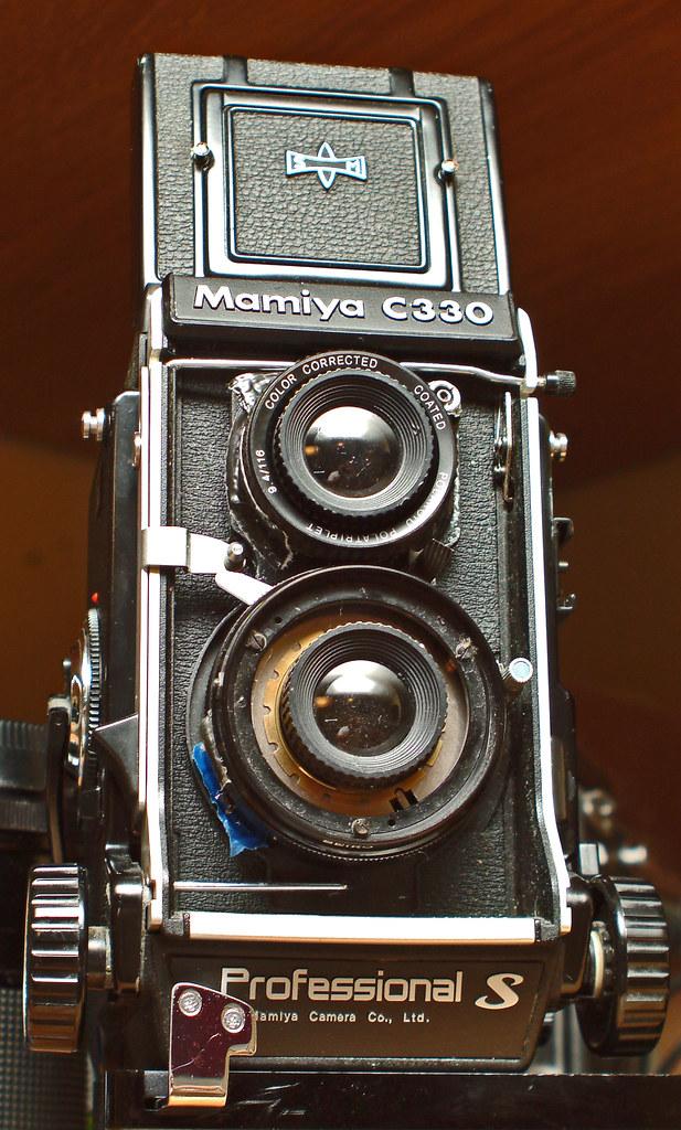 Mamiya C330S w/Diana plastic lenses