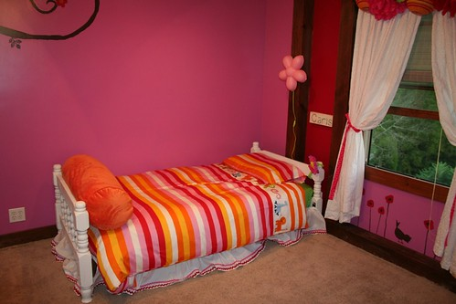 Room Redo--1st Big Girl Bed