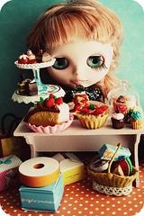 WAW 7 Deadly Sins - GREED (Teka e Fabi®) Tags: doll group desserts grupo blythe boneca candies doces waw greed gula sobremesas hom 7sins tekaefabi pecadoscapitais