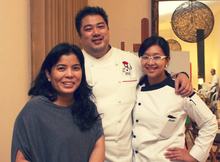 The lovely host Aleth with Chef JJ and Namee who prepared all the delectable food - CertifiedFoodies.com