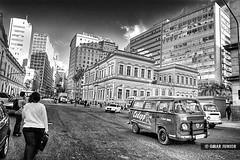 Centro de Porto Alegre | HDR (Omar Junior) Tags: urban bw white black rio branco silver geotagged grande centro pb preto porto carros pro alegre mapping cinza tone hdr kombi sul predio predios pretobranco rgs efex geo:lat=30027456 geo:lon=51228551