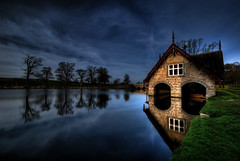 Boat House, Carton House (Janek Kloss) Tags: county bridge ireland house st river golf happy boat photo day fotograf photos patrick irland eire rye fotka course celebration carton fotografia maynooth golfers zdjecia irlanda kildare ierland j23  zdjecie fotki irlandia   hwdp  top20ireland lirlande platinumphoto fotosy  goldstaraward   moli516