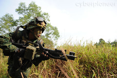 657 SIR (cyberpioneer) Tags: training army singapore pixelized military soldiers guns sir defense gunner weapons saf m203 ict gunnery mindef ministryofdefence newuniform singaporearmedforces republicofsingapore incamptraining pixelised 657sir thesingaporearmy singaporeinfantryregiment