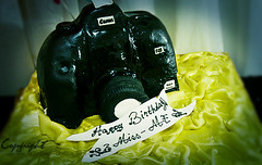 (D o u b l e y o u) Tags: birthday camera me cake miss lovelyday 26march ymy canoncake thannxxxxx