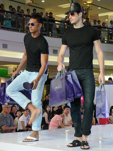 Fashion #3: Stay Tuned to Fashion On 1 @ 1 Utama 2009