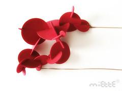 calder cloud (*MIETTE) Tags: red sculpture circle necklace jewelry plastic calder