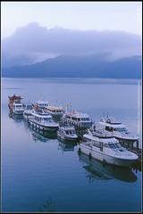 -02 () Tags: leica sun moon lake 50mm flickr f wesley f2 28 mm 50 rom flick f28 chen  r50  howen  r62   chenhowen