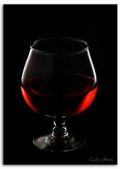 Passion!! (Carlos Prez..) Tags: reflection glass lens wine sony kit alpha minimalistic a300 sal1870
