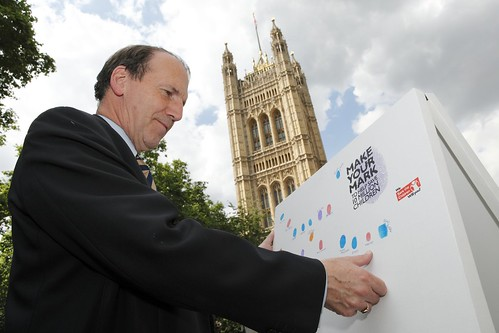 Simon Hughes MP and Make your Mark