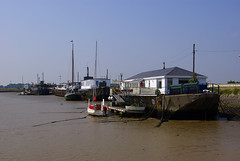 Concrete House Boats (johngretton71) Tags: water river boats chains mud ropes essex tidal crouch houseboats moorings burnhamoncrouch rivercrouch