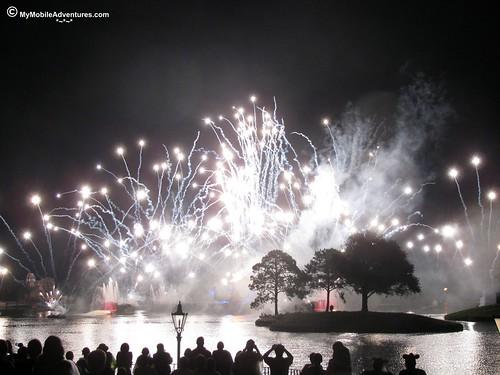 IMG_0878-WDW-EPCOT-Illuminations