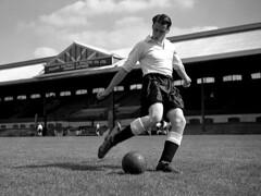 Bobby Robson-Fulham-1953-PA