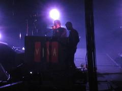 Coldplay @ Rogers Centre (gundust) Tags: show music toronto ontario canada rock 30 drums lights concert tour coldplay bass guitar live stage july pop fx vocals 2009 chrismartin alternative rogerscentre willchampion guyberryman jonnybuckland vivalavida vivalavidatour