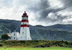 Alnes lighthouse (larigan.) Tags: lighthouse mountains clouds alnes bej godøy mywinners larigan alnesfyr phamilton wbnawno licensedwithgettyimages