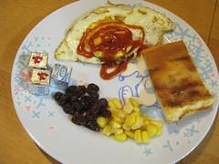 20090218-zoyo佈置的小孩餐點 (2)