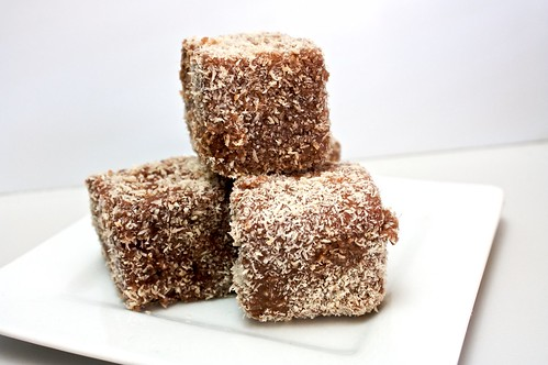 vegan lamingtons