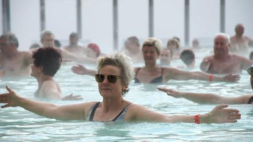 Gente disfrutando el ejercicio