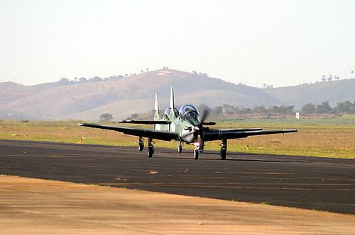 Embraer Super Tucano rodando