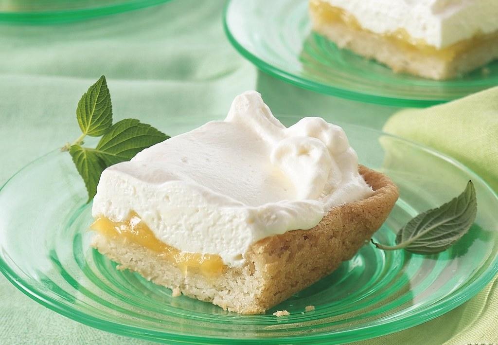 RECIPE: Mock Lemon Meringue Bars