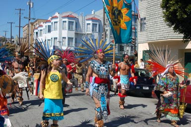 2aztec-dancers-on-parade.jpg