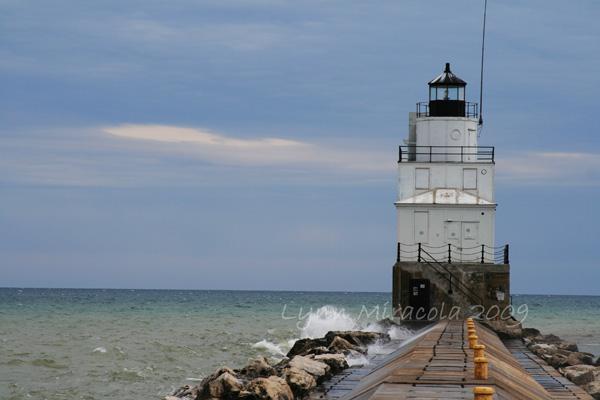 Manitowoc Breakwater Lighthouse 3