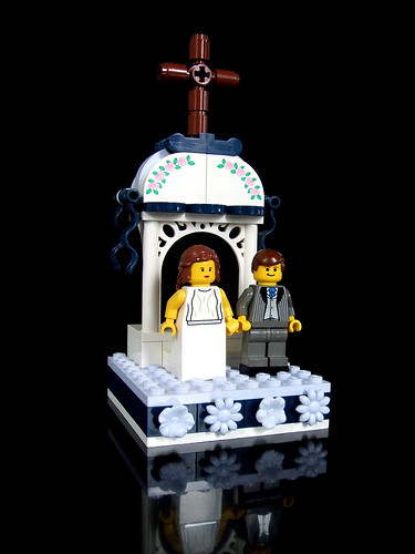 LEGO wedding cake topper (Final scene, of 5)
