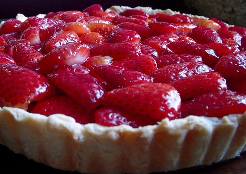 port glaze recipe yummly strawberry mascarpone tart with port glaze ...