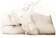 Peaceful sleep (Mario Seplveda) Tags: sleeping portrait baby white black girl sepia mxico mexico kid high key y retrato negro sofa posing mario monochromatic nia beb newborn celia veracruz posando sepulveda mexiko nacida durmiendo veracru seplveda dormida mejico coatza monocromtico coatzacoalcos recin balnco chiquilla seplveda