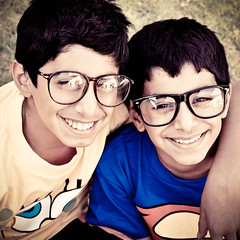 (Jaz Q6r) Tags: glasses superman geeks nerds hamad abdulla spongepop jazq6r