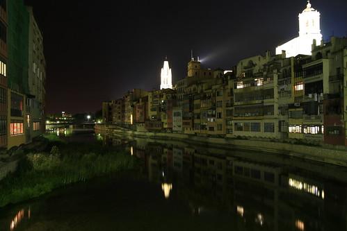 Girona de noche