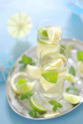 Lemon-Mint Ice Tea