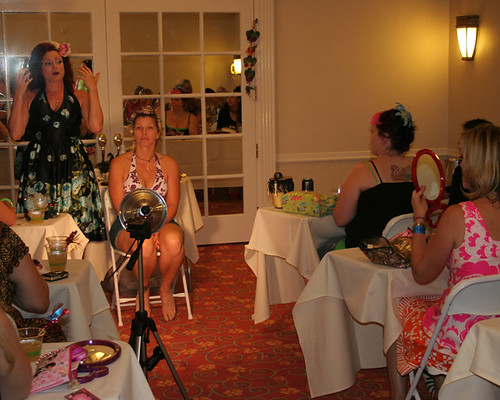 Pin Up make-up class