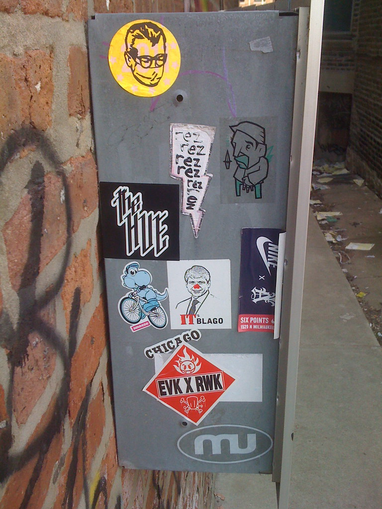 the world s best photos of blutt flickr hive mind pawn works tags street urban chicago art saint graffiti stickers nike works rod