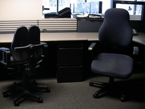 Empty desks at the P-I
