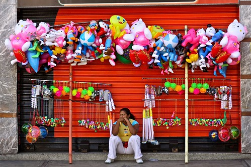 A  street vendor in Venezuela (Photo by: Inti)