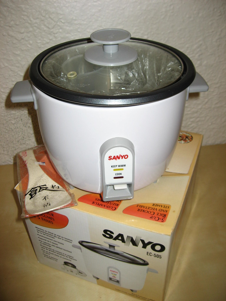 Sanyo rice cooker, $15