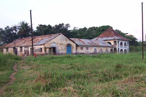 train station in Ubundu