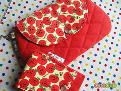 carteira nat (Gi ★ CuteClub) Tags: carteira natalia ipodcase maçãs decole decolello