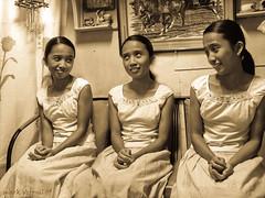 Tres Marias (Markeez) Tags: old portrait people antique mark quality multiplicity tres genius triplets marias monart karmic gshot markeez veronil p7533