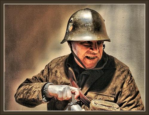 BULGARIAN SOLDIER -1942