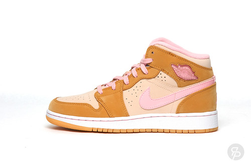 Girls Hare Jordan 1