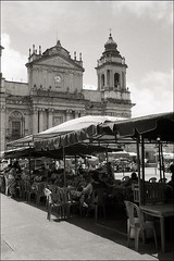 (Rai 幻の光) Tags: blackandwhite film 35mm canon cathedral guatemala catedral negativescan canonet ql17 giii centralamerica parquecentral centroamerica guatemalacity foodstands adox ciudaddeguatemala chs100