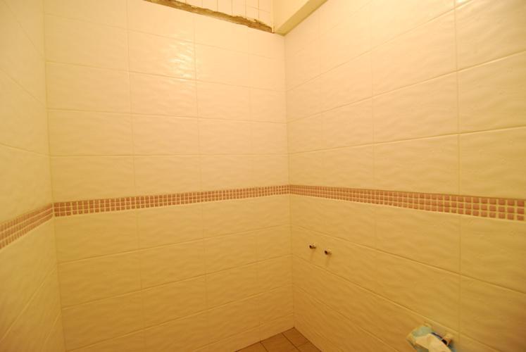 浴室磚完成1