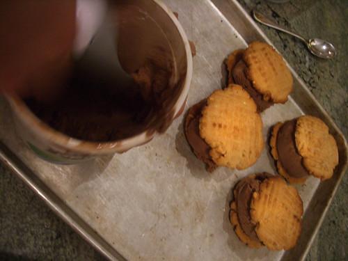 PB and Chocolate Sammies
