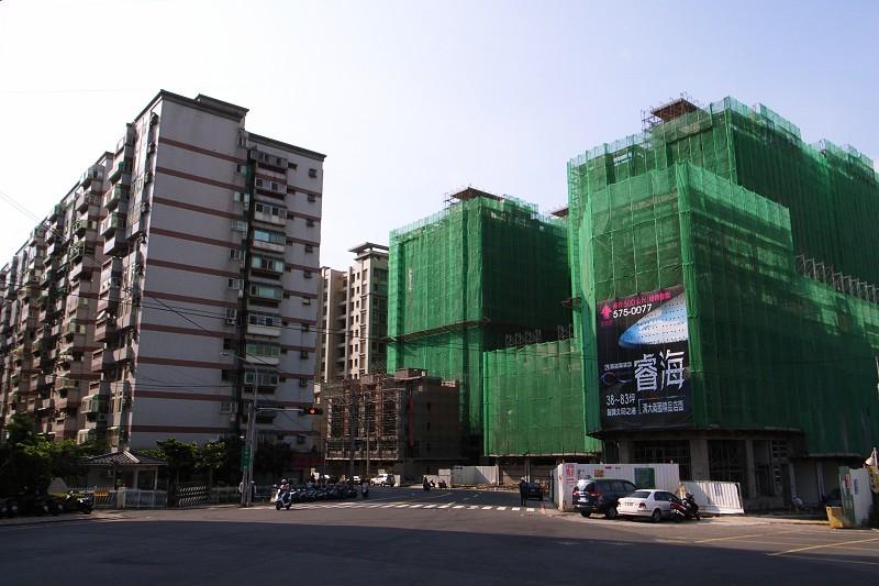 20090728_building