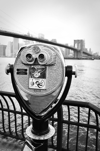 BrooklynBridgeThruTheViewfinder