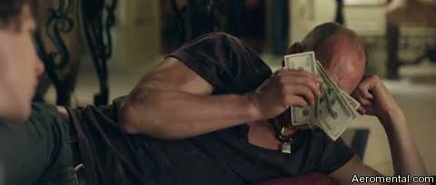 zombieland llorar con billetes