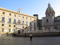 Sicily - Palermo (Been Around) Tags: italien italy europe italia niceshot eu ita sicily 2008 sicilia sicilians sicliy sizilien piazzapretoria 5photosaday onlyyourbestshots piazzadellavergogna worldtrekker visipix