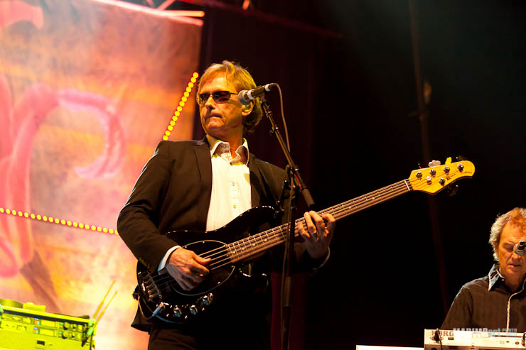 Ringo Starr Concert in Riga 2011-13.jpg